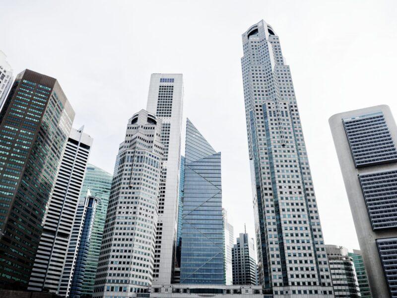singapore-cityscape-PYMCJR6